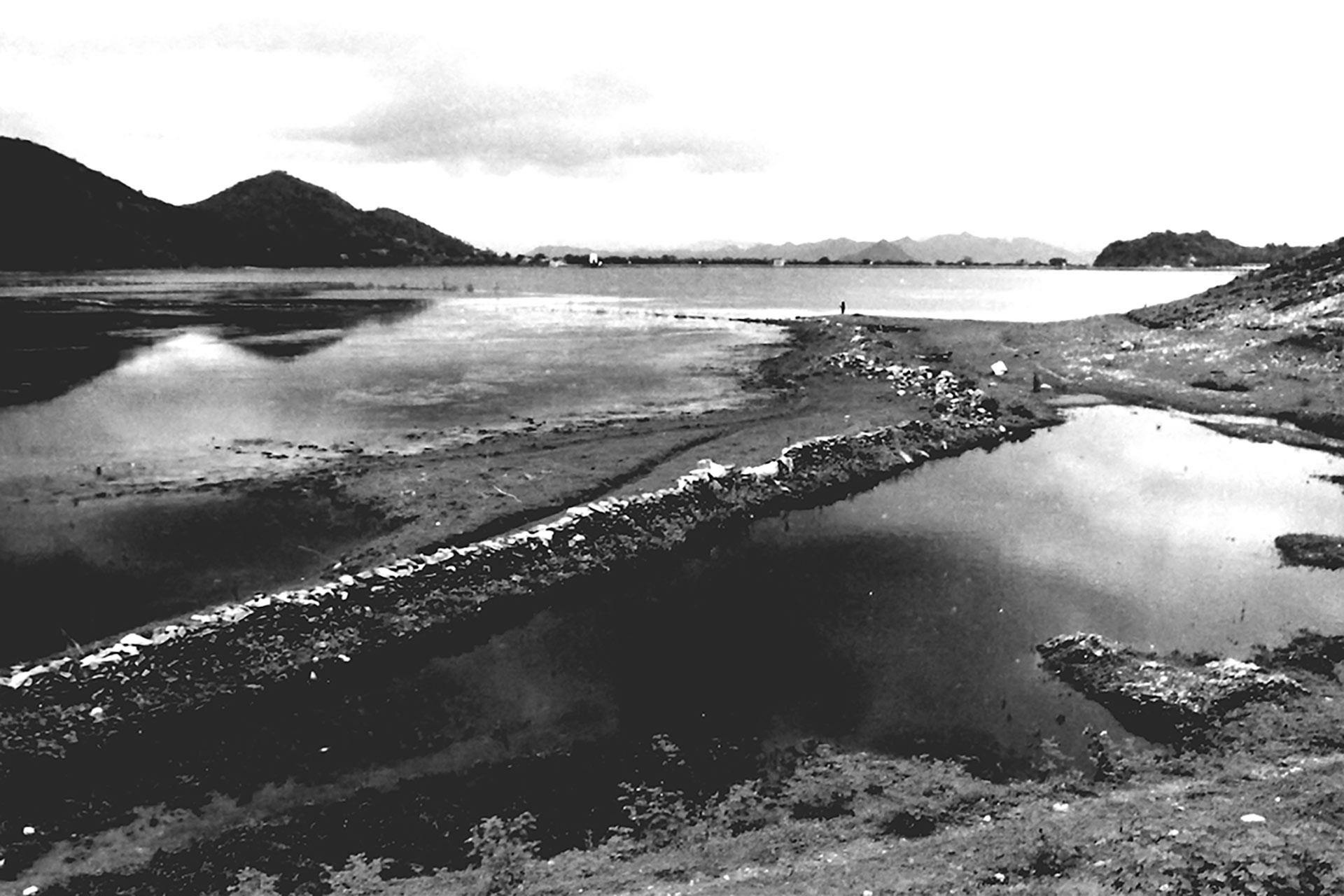 Pichola-Lake-Udaipur-India-